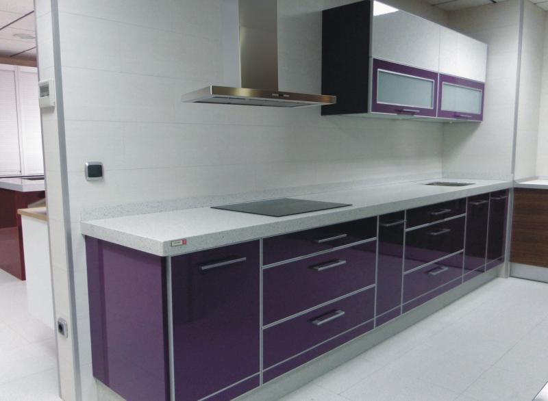 Muebles de cocina blanco con canto de aluminio - Muebles de cocina murcia ...